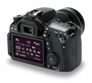 Canon-EOS-70D-back